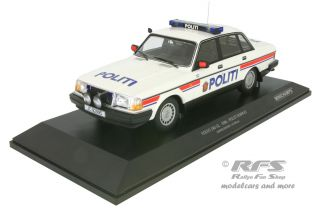 Volvo 240 GL - 1986<br />Polizei Norwegen - Politi Norway<br />1:18 - Minichamps 155171491